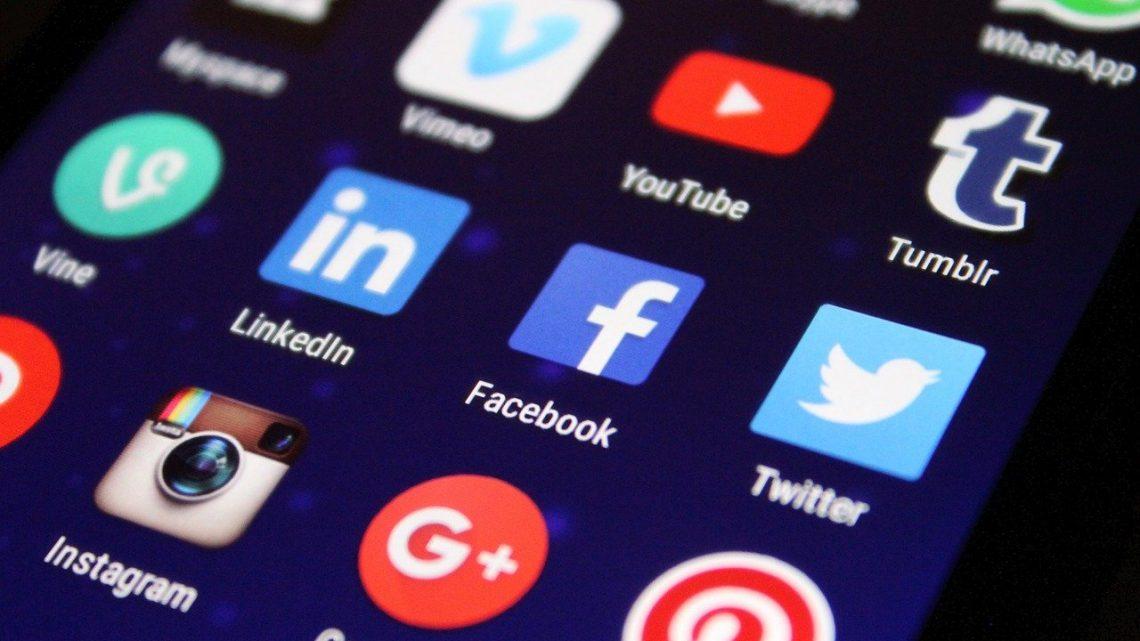 Le travail d'une agence de social média